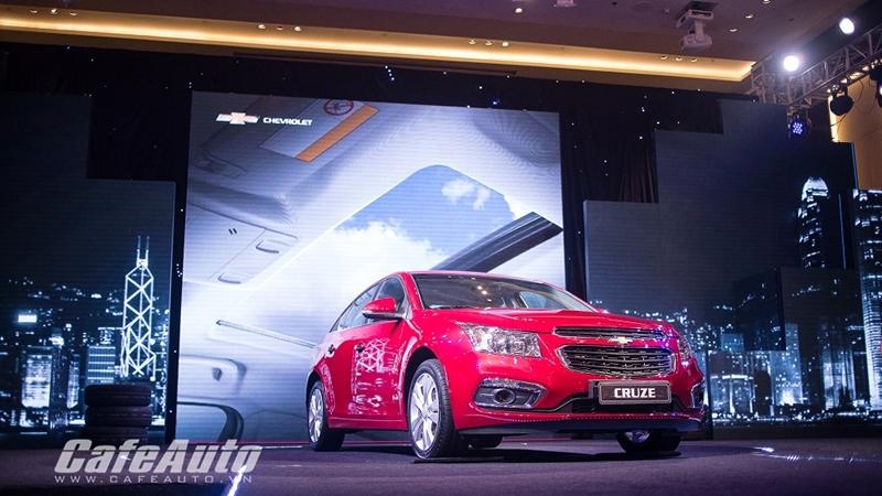 Chevrolet-Cruze-2015-VN
