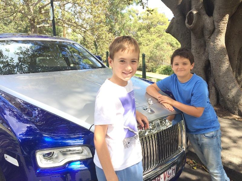 xe-sang-Rolls-Royce