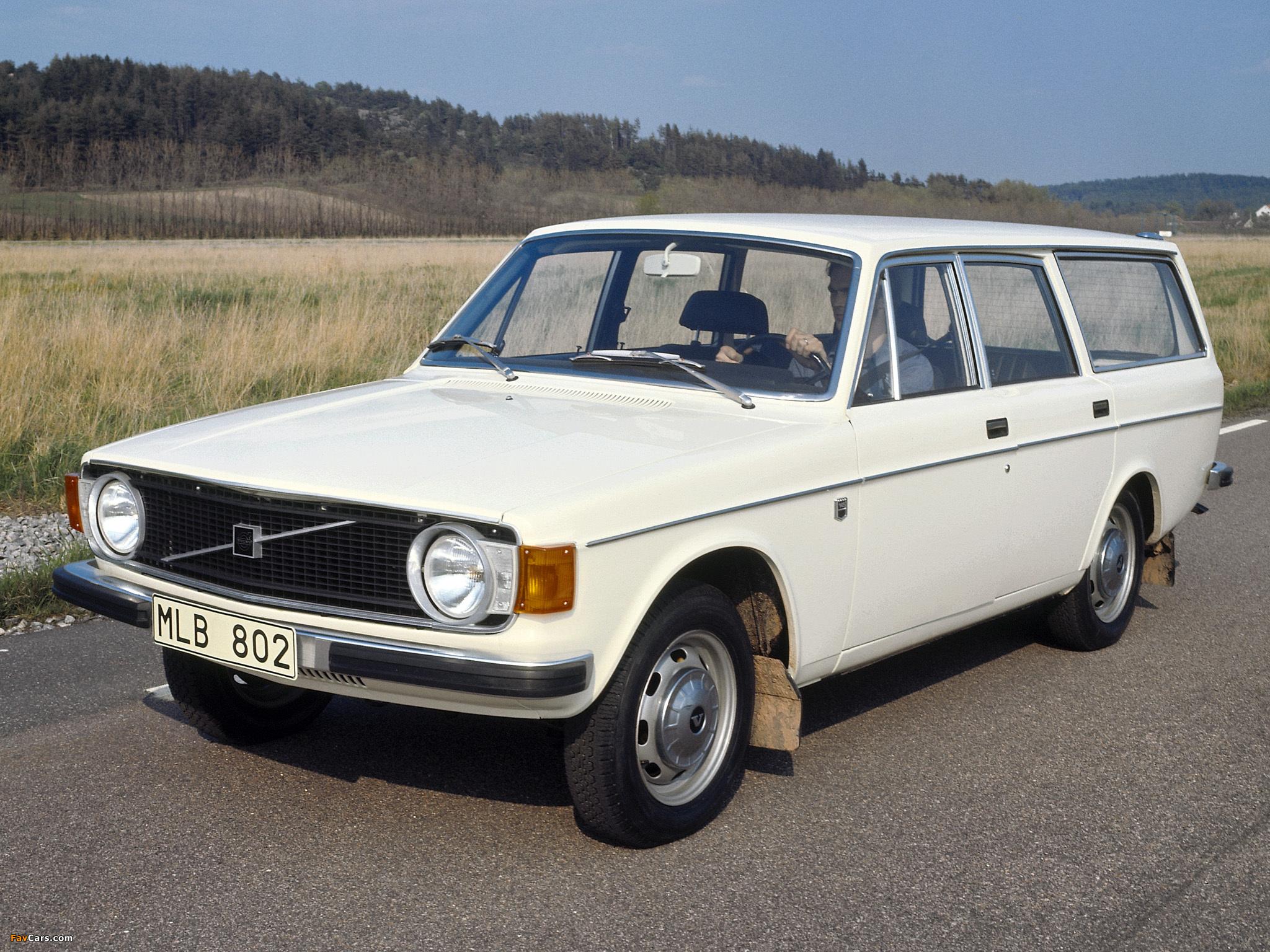 Volvo-145-wagon