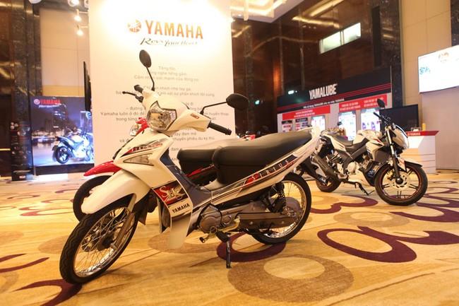 Yamaha-Sirius-Fi-2
