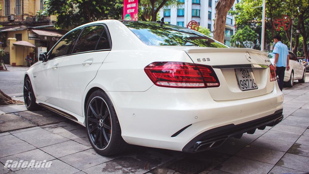 Ngắm-sedan-hàng-thửa-Mercedes-AMG-E63-S-2016-tại-Việt-Nam