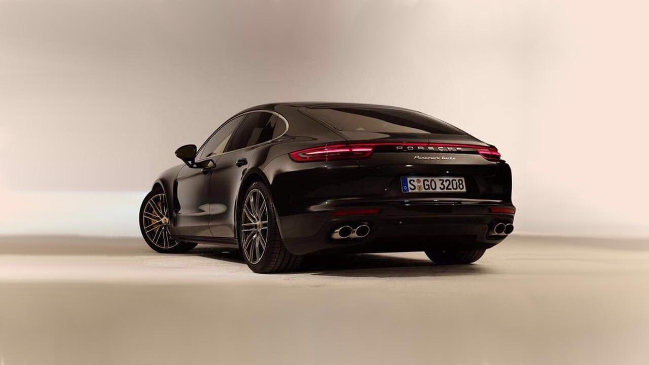 Porsche-Panamera-2017-lộ-ảnh-thực-tế-trước-ngày-ra-mắt