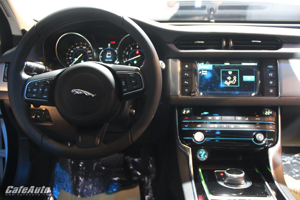 Jaguar-XF-hoàn-toàn-mới-ra-mắt-tại-Việt-Nam