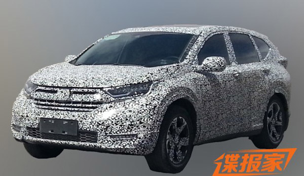 honda-cr-v-2017-se-co-them-cua-so-troi-den-led-ong-xa-kep