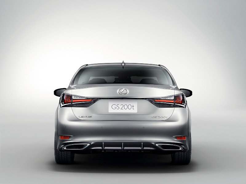ngam-lexus-gs-turbo-2016-gia-3-130-ty-dong-truoc-ngay-ra-mat