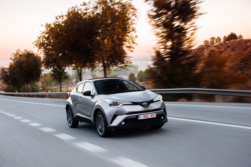 hinh-anh-chi-tiet-cua-toyota-c-hr-2017