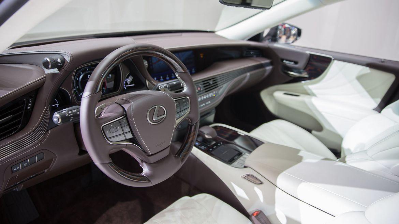 lexus-ls-500h-hybrid-the-he-moi-sap-ra-mat-trien-lam-geneva-2017