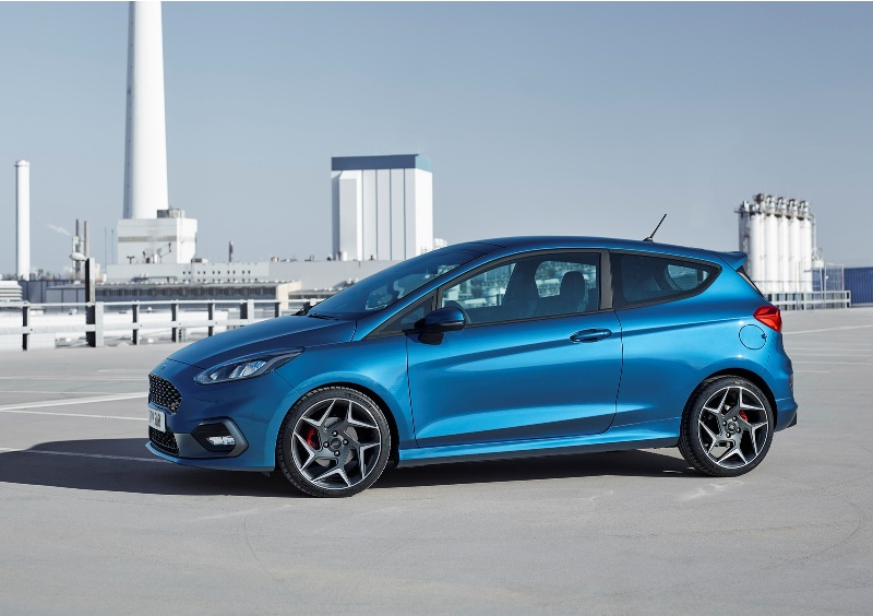 thong-tin-chi-tiet-hatchback-the-thao-ford-fiesta-st-2018