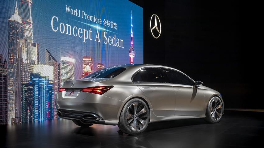 Cận cảnh Mercedes-Benz Concept A sedan - ảnh 4