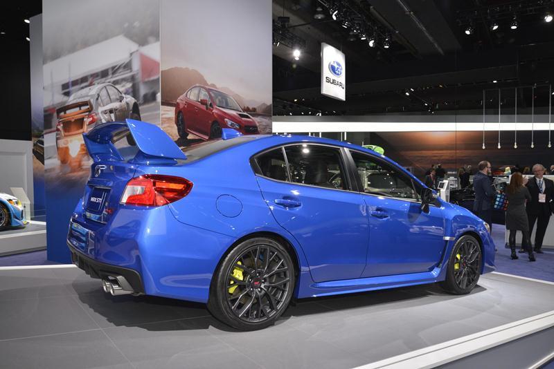 Subaru công bố giá bán WRX và WRX STI 2018 - ảnh 3