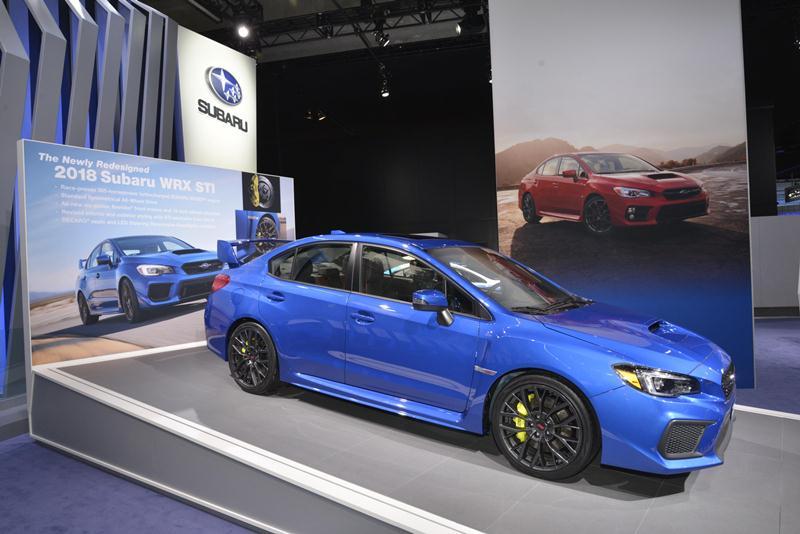 Subaru công bố giá bán WRX và WRX STI 2018 - ảnh 1