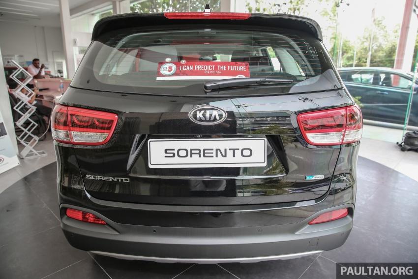 kia-sorento-high-spec-diesel-ra-mat-khach-hang-malaysia