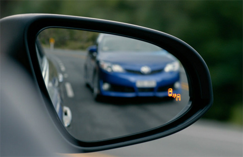 Tính năng an toàn nào thực sự cần thiết trên xe?