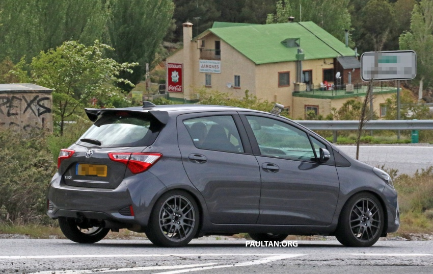 toyota-yaris-grmn-se-co-them-ban-5-cua