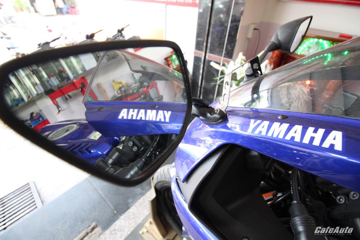 yamaha-r15-2017-phien-ban-movistar-ve-viet-nam-gia-tren-110-trieu-dong