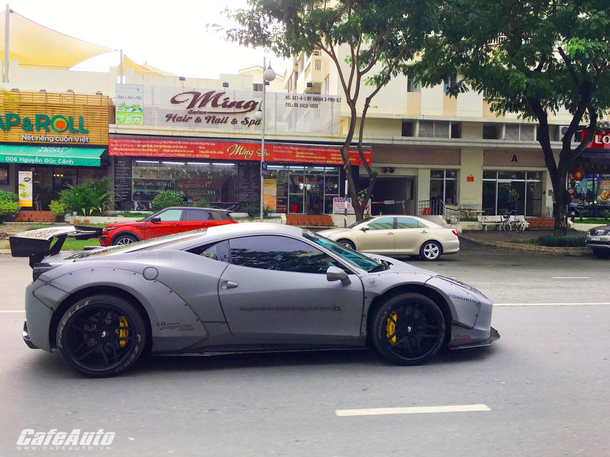 Bắt gặp siêu xe Ferrari 458 độ Liberty Walk hơn 10 tỷ đồng ở quận 7