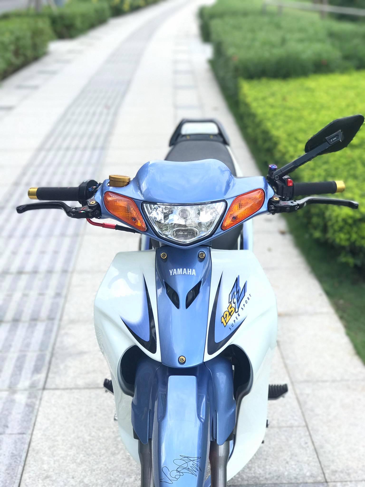 yamaha-125z-do-ca-tinh-voi-dan-chan-cuc-khung-tai-quan-2