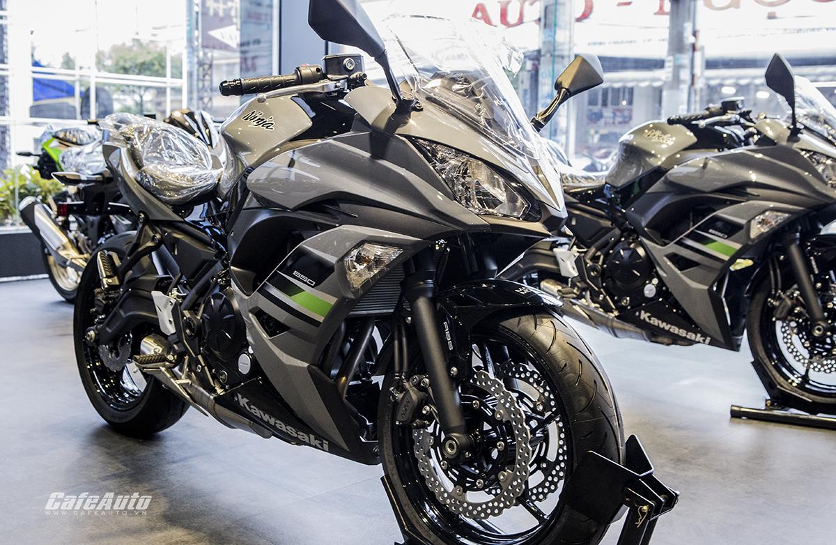 """Kawasaki """"xuất binh"""" Ninja 650 ABS 2018 hoàn toàn mới, giá 228 triệu đồng - ảnh 1"""