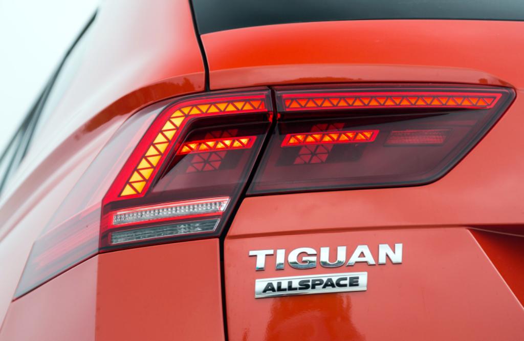 xe-duc-volkswagen-tiguan-2018-ra-mat-viet-nam-gia-gan-1-7-ty-dong