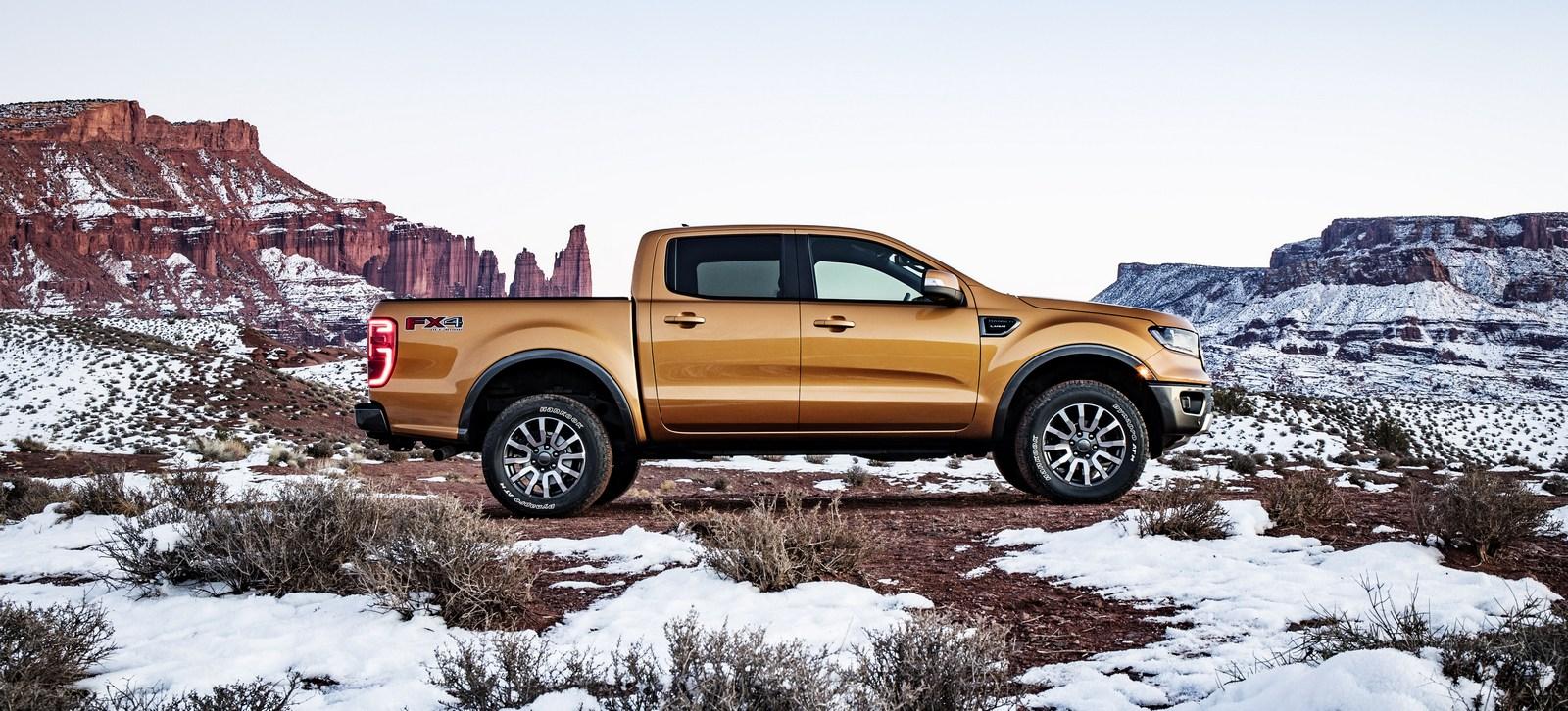 """Ford Ranger 2019 chính thức lộ diện, ngoại hình """"ngầu"""" hơn"""