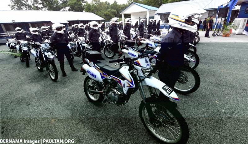 canh-sat-malaysia-nhan-871-xe-tuan-tra-kawasaki-tri-gia-hon-7-trieu-do