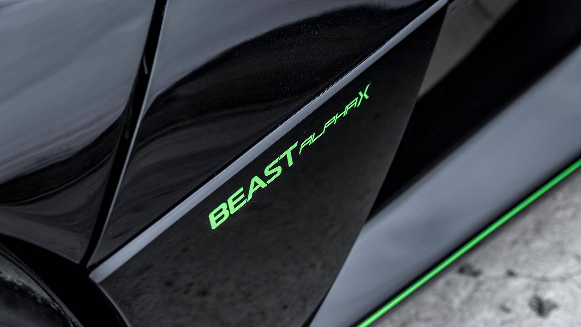 sieu-xe-rezvani-beast-alpha-x-blackbird-dong-co-2-5l-nhung-cong-suat-toi-700-ma-luc