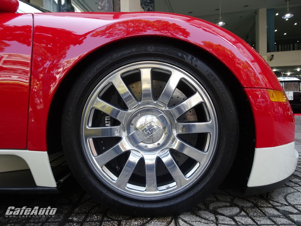 Siêu xe Bugatti Veyron rao bán khá lâu tại TP.HCM chưa ai mua