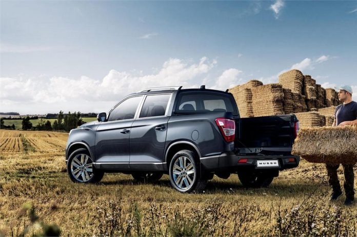 SsangYong Musso 2018 ra mắt, cạnh tranh Ford Ranger