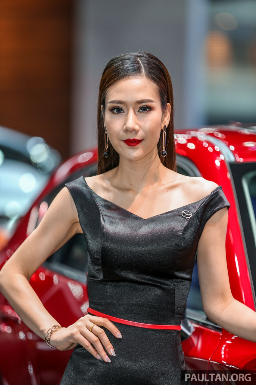 Những mỹ nhân đẹp hút hồn tại Bangkok Motor show 2018