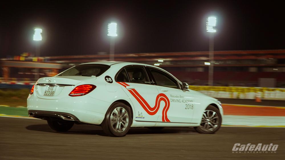 Trải nghiệm các mẫu xe hot của Mercedes-Benz ở Đại Nam