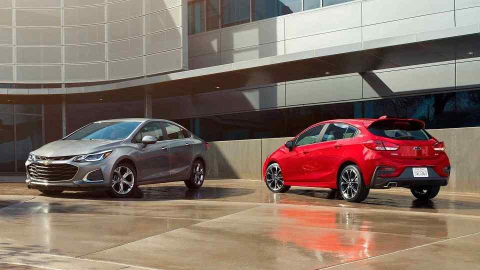Chevrolet lột xác thể thao cho bộ đôi Cruze, Spark 2019.