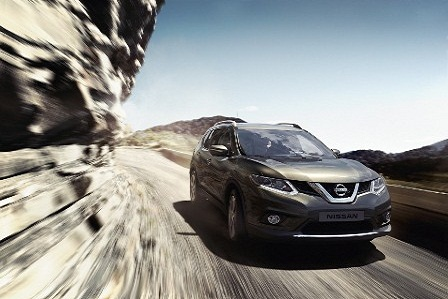 so-ke-2-doi-thu-nang-ky-honda-crv-2018-va-nissan-x-trail