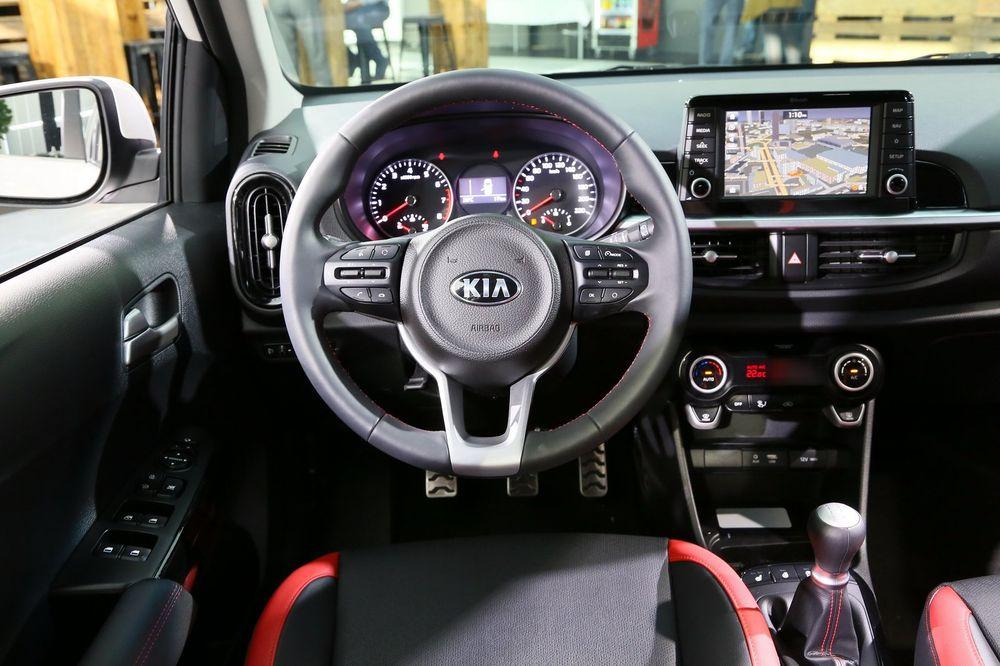 Kia Morning 2018 trang bị động cơ mới, giá từ 406 triệu đồng