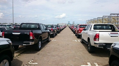 Đại lý rầm rộ nhận đặt cọc ôtô nhập khẩu sau nửa năm im ắng