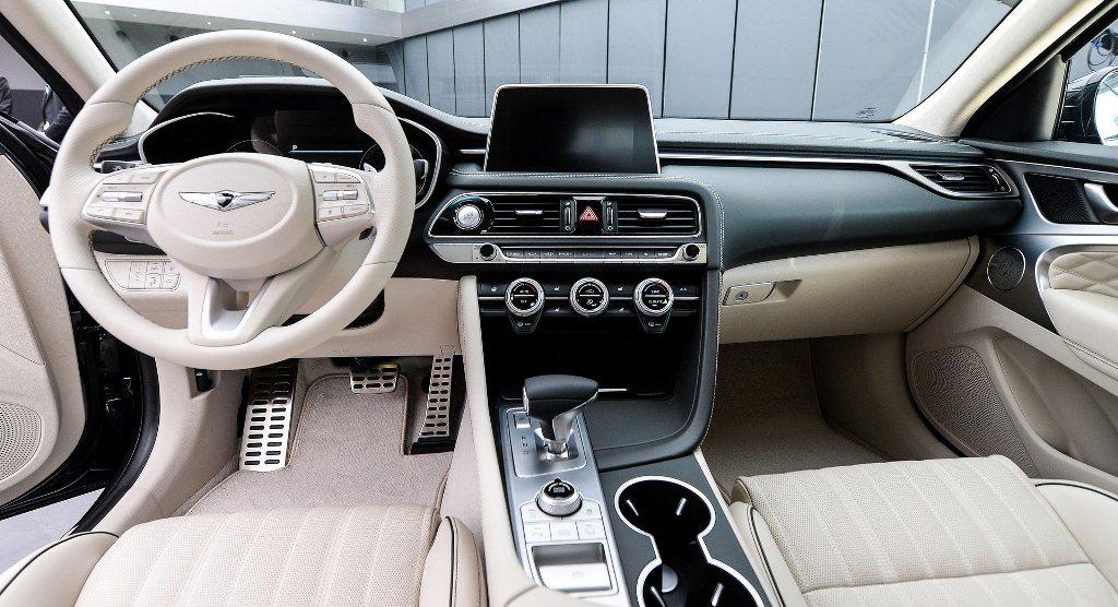 sedan-hang-sang-genesis-g70-2019-lo-gia-ban-chi-tiet