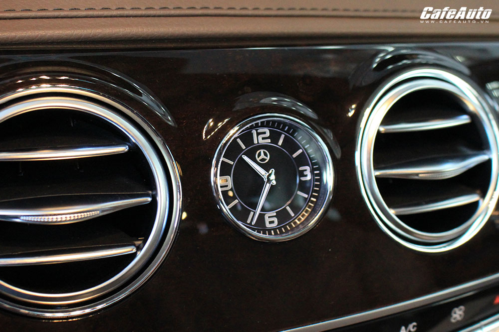 can-canh-mercedes-benz-s450l-co-gia-ban-4-2-ty-dong