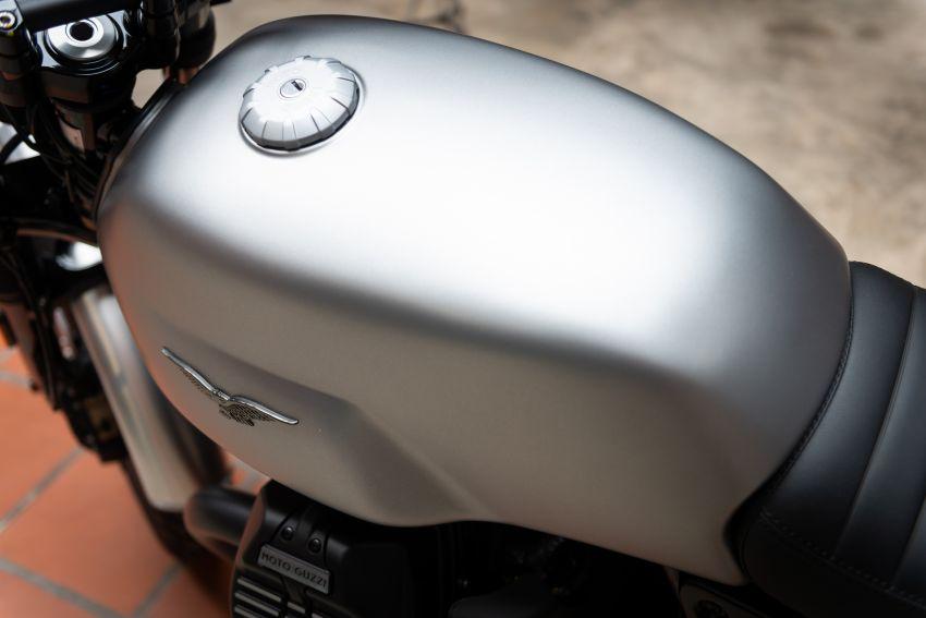 moto-guzzi-v7-iii-rough-2018-mang-phong-cach-hoai-co-co-gia-ban-tu-421-trieu-dong