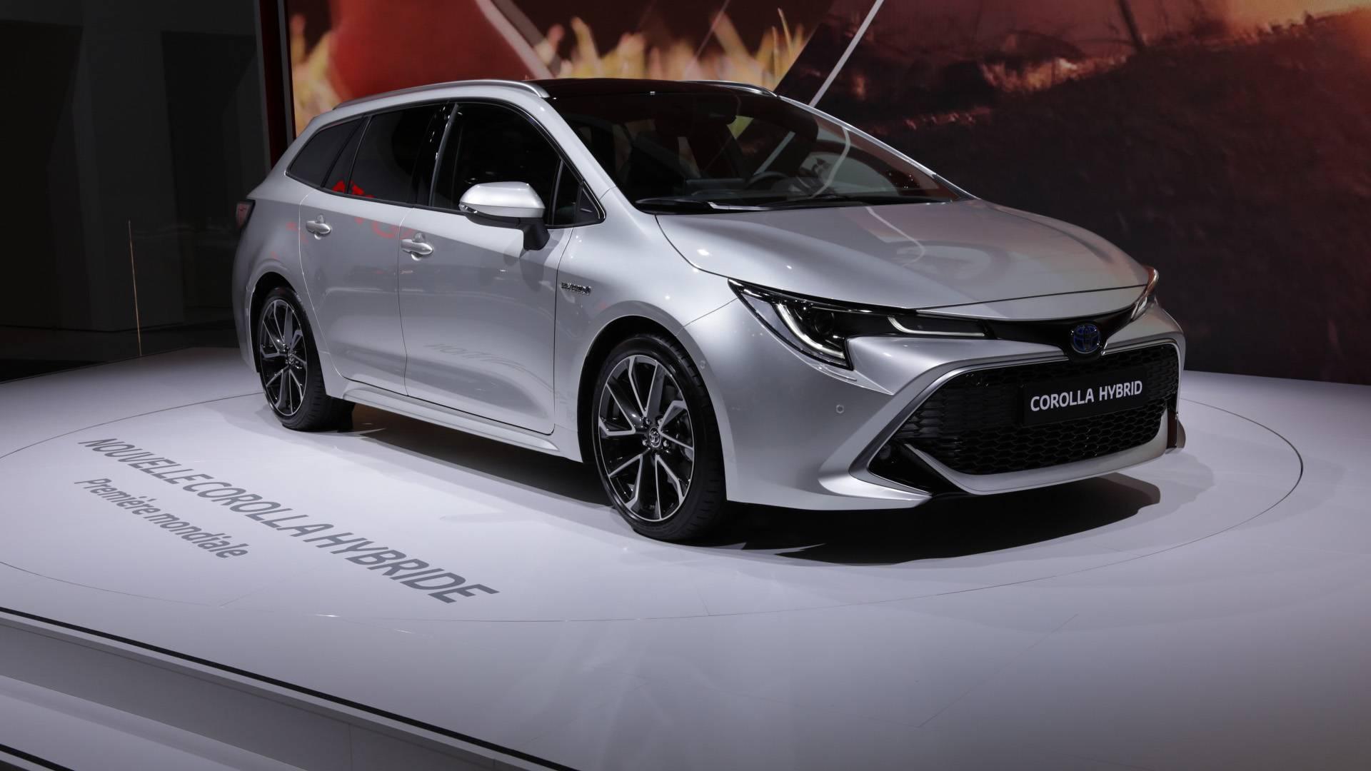 xe-hybrid-tro-thanh-tam-diem-tai-trien-lam-paris-motor-show