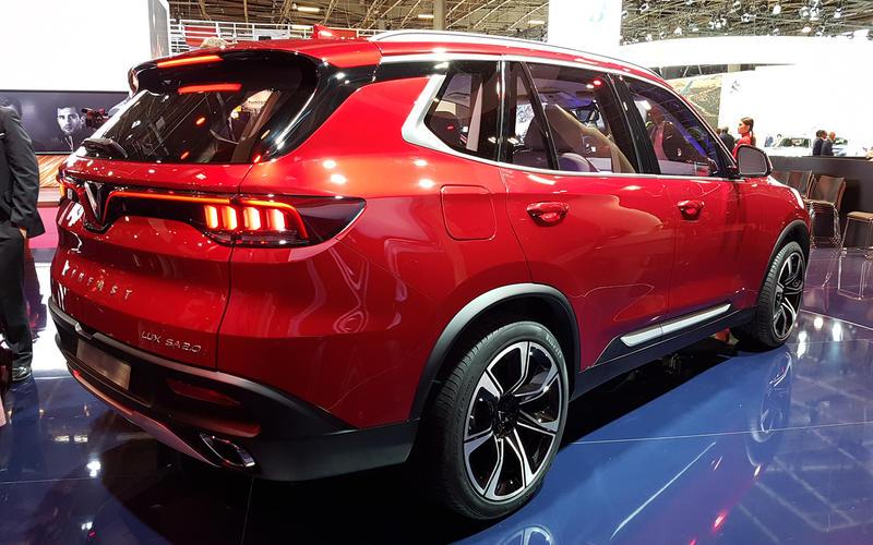 Xe VinFast lọt top 10 concept ấn tượng tại triển lãm Paris Motor Show