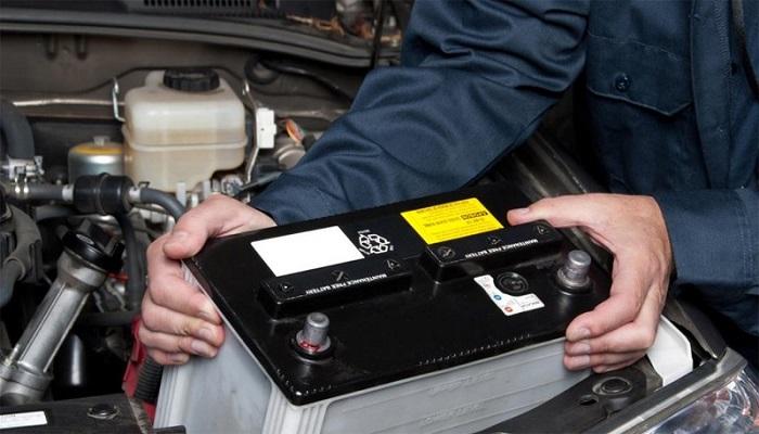 Bảo dưỡng ắc quy cho ô tô thế nào mới đúng cách?