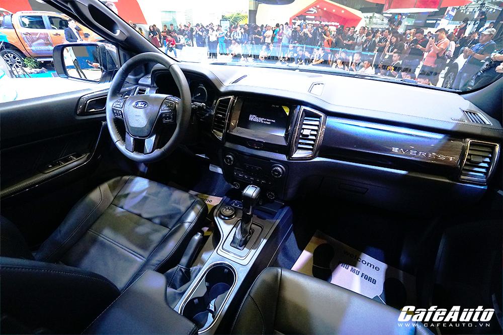 soi-chi-tiet-ford-everest-2018-tai-trien-lam-vietnam-motor-show