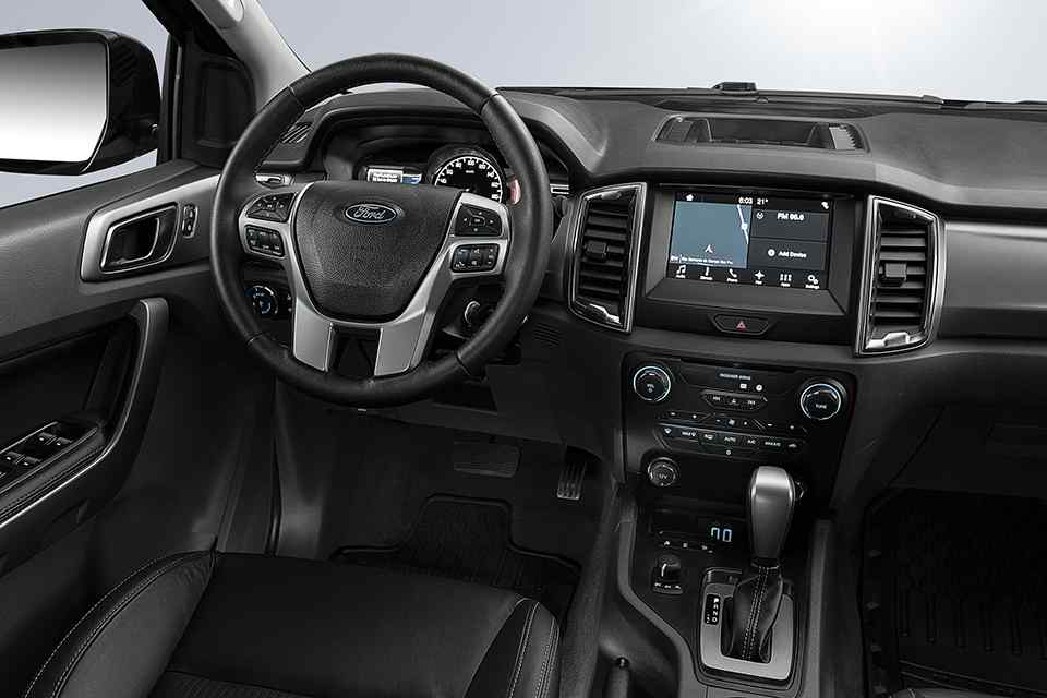 ngam-ford-ranger-black-edition-concept-huyen-bi