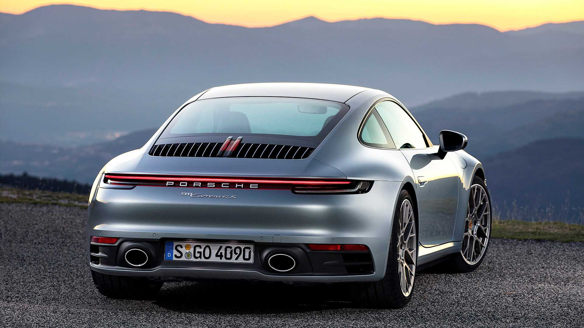 dieu-thu-vi-ve-porsche-911-the-he-moi