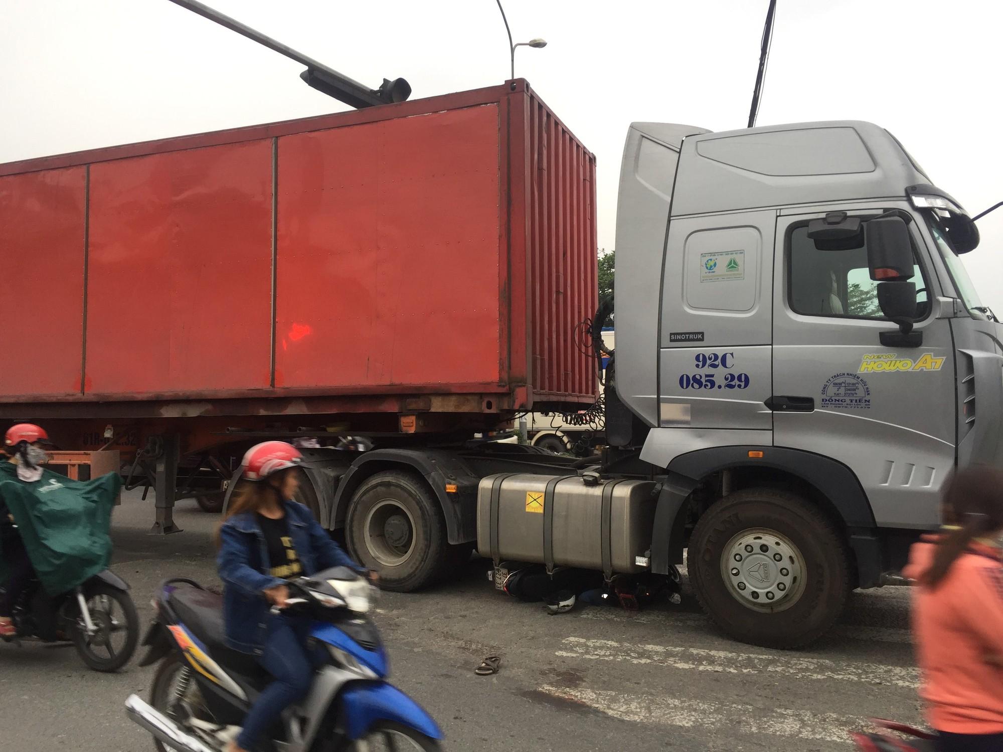 kinh-nghiem-di-chuyen-gan-xe-container