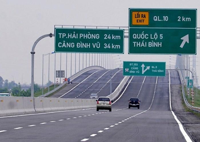 bo-sung-ngay-kien-thuc-ve-lan-dung-khan-cap-tren-cao-toc-neu-khong-muon-bi-phat