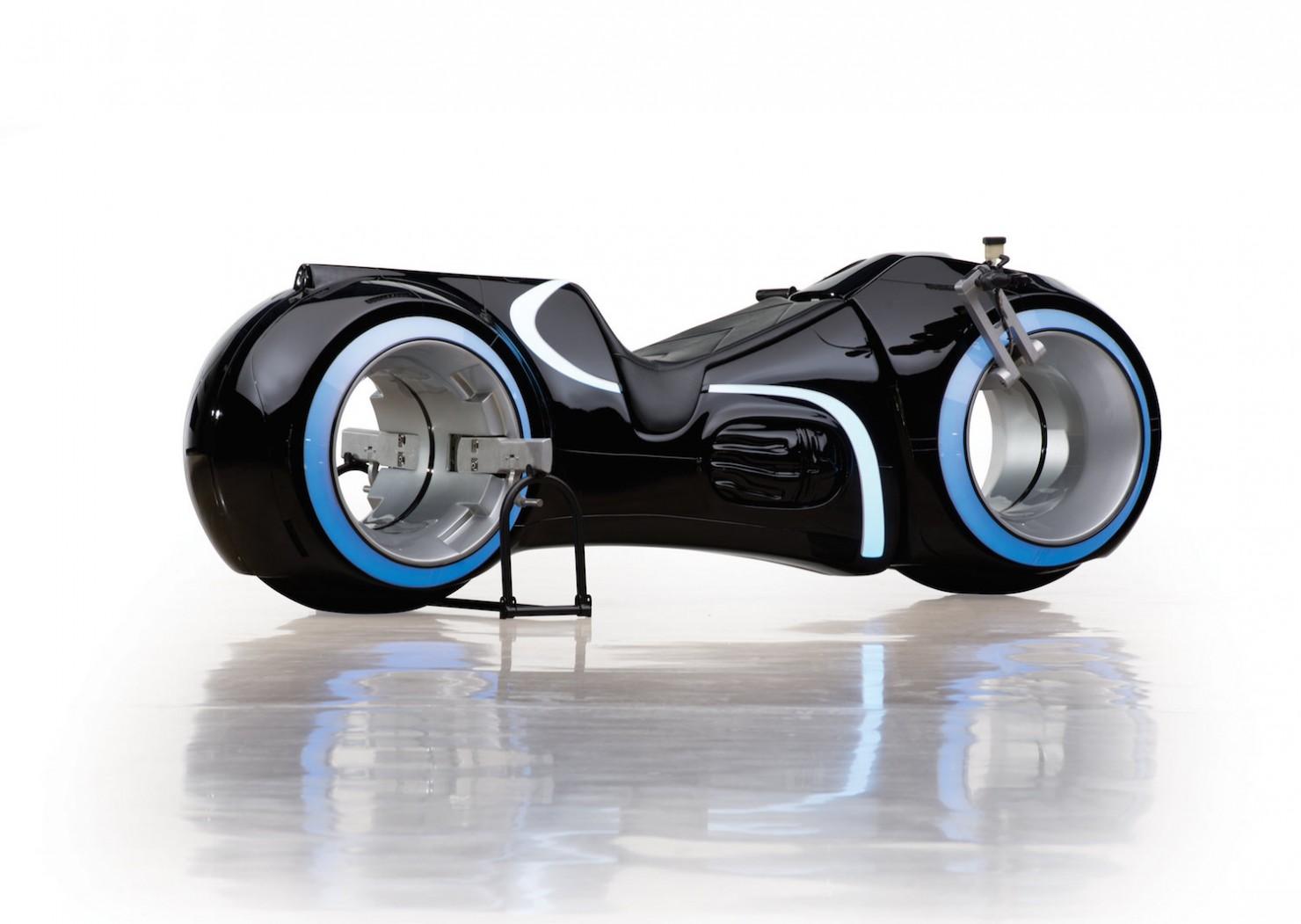 Đại gia Phúc XO, Tron Light Cycle, motor, xe mạ vàng, bộ sưu tập