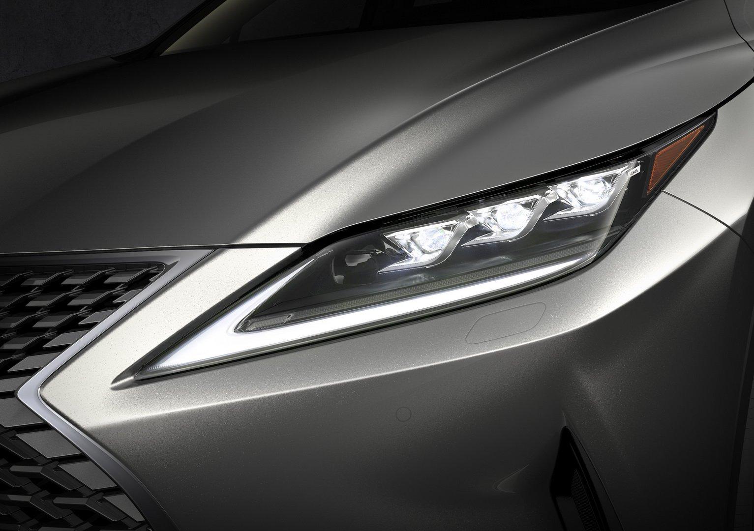 Hệ thống đèn pha LED siêu tân tiến sắp xuất hiện trên Lexus RX