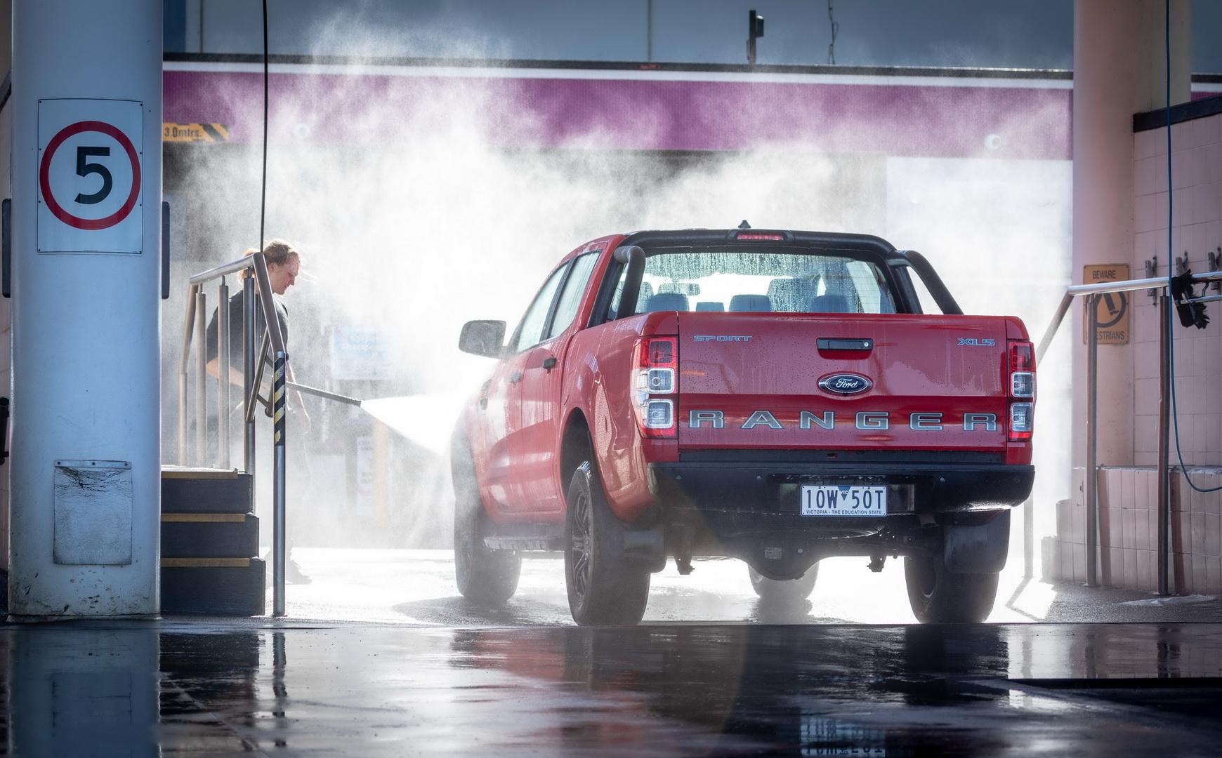 Ford Ranger phiên bản thể thao đặc biệt tại Úc có gì mới lạ?