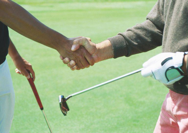 van-hoa-ung-xu-khi-choi-golf