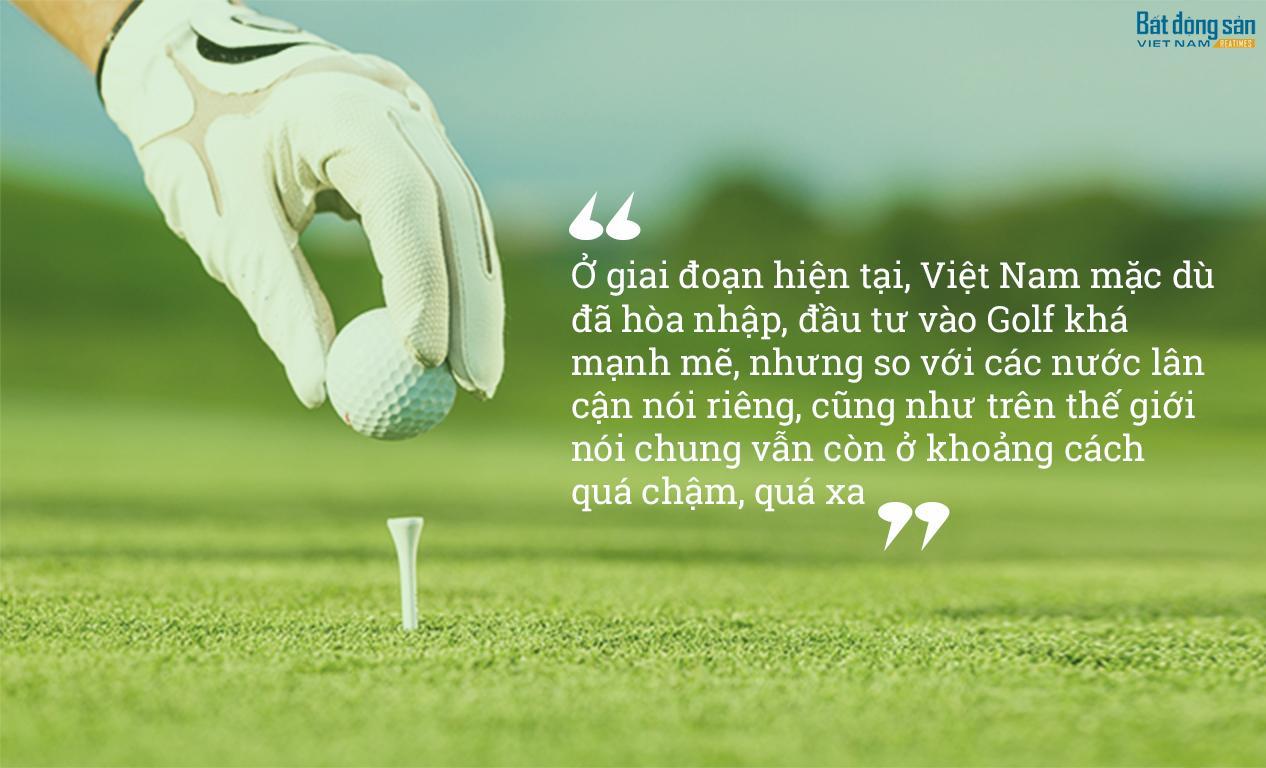 van-hoa-golf-tay-va-ta-su-khac-biet-den-tu-chinh-sach